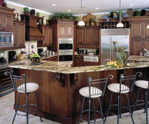 cluttered-kitchen-cabinet-design