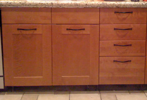 Wonderful Horizontally Mounted Kitchen Cabinet Handles The Advantages ... Amazing Pictures
