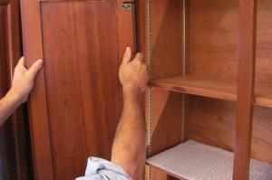 Replacing a Cabinet Door