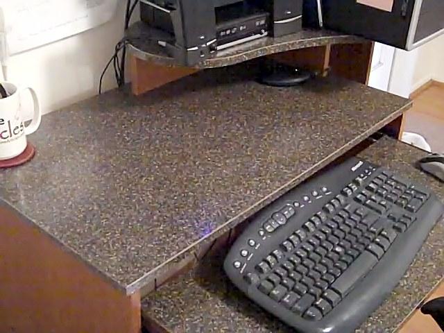 Wilsonart 1847k-46 On Desk Countertop
